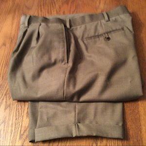 Men's Pleated, Cuffed Dress Pants